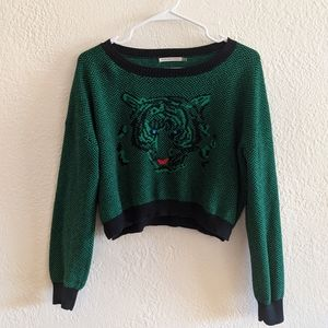 ⭐ Vintage Inspired Animal Crop Sweater